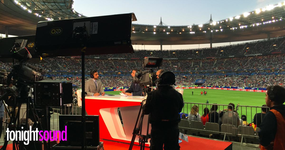Location praticable caméra au Stade de France pour le match football France Belgique