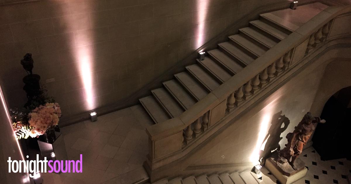 eclairage Musée Carnavalet, location éclairage sur batterie Fashion Week 2016