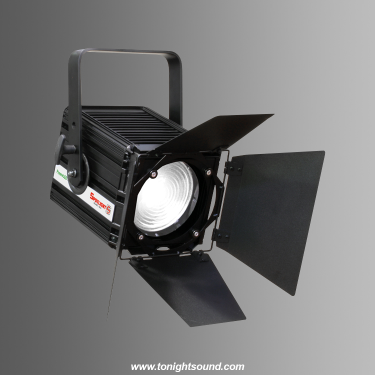 Location Spotlight FresneLED 100NW Fresnel LED 100W Blanc naturel