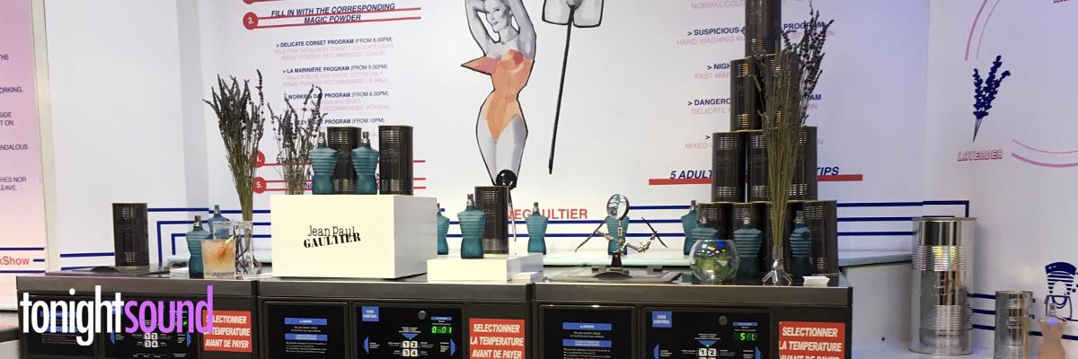 Mise en lumière des parfums au Lav'Club Jean Paul Gaultier PFW18 éclairage des parfums
