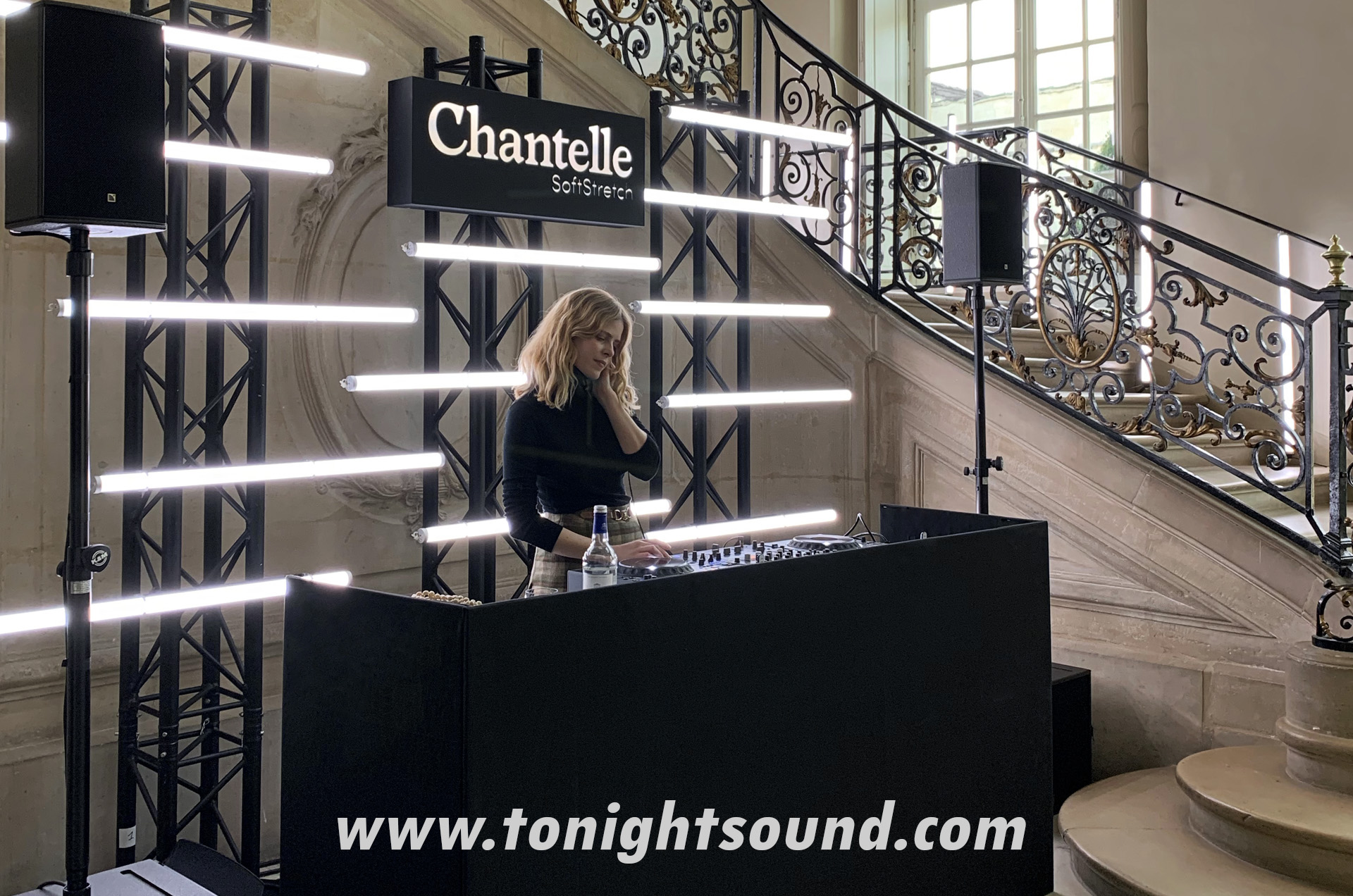 TONIGHTSOUND_SLIDE_24-chantelle